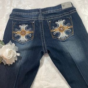 First Kiss Distressed Whisker Jeans